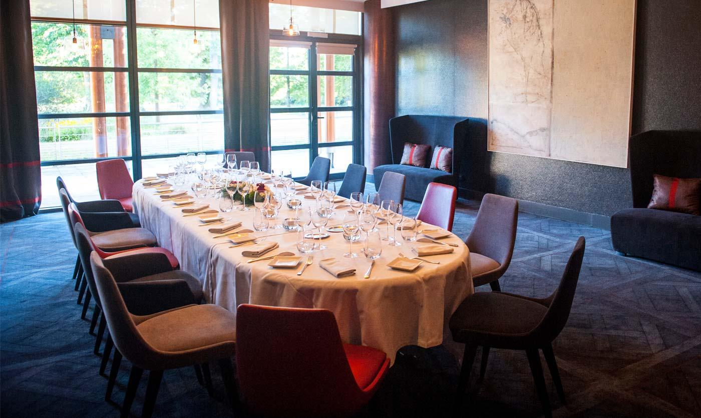 restaurant furniture at le jeu de paume pau collinet. Black Bedroom Furniture Sets. Home Design Ideas