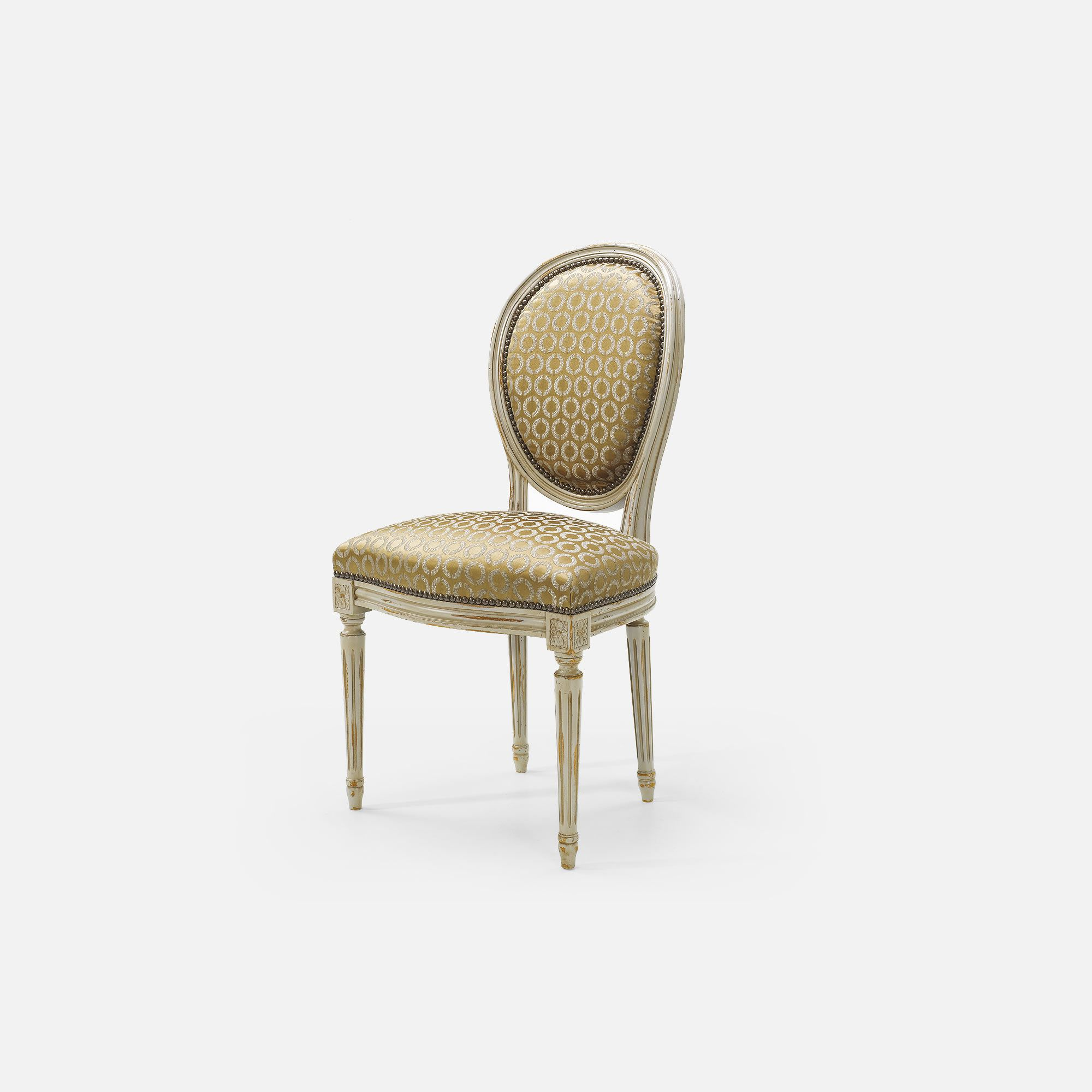 Medallion chair for hotel restaurant bar louis xvi for Chaise louis xvi