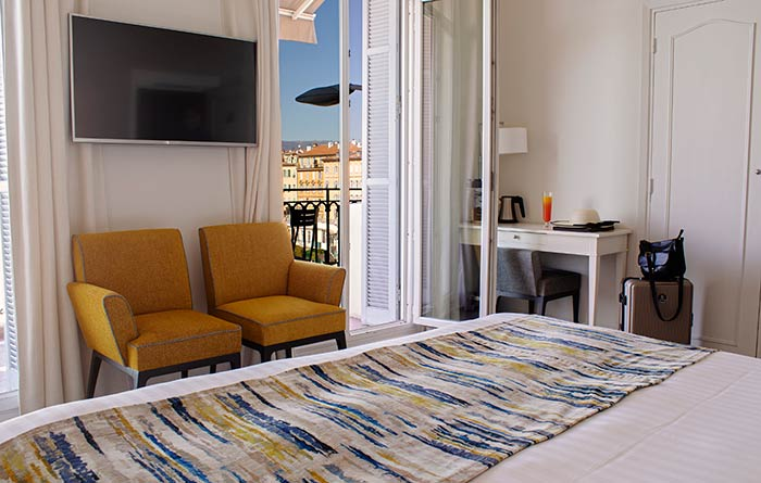 Furniture of the Suisse Hotel – Ocre Azur Hotels in Nice - 1